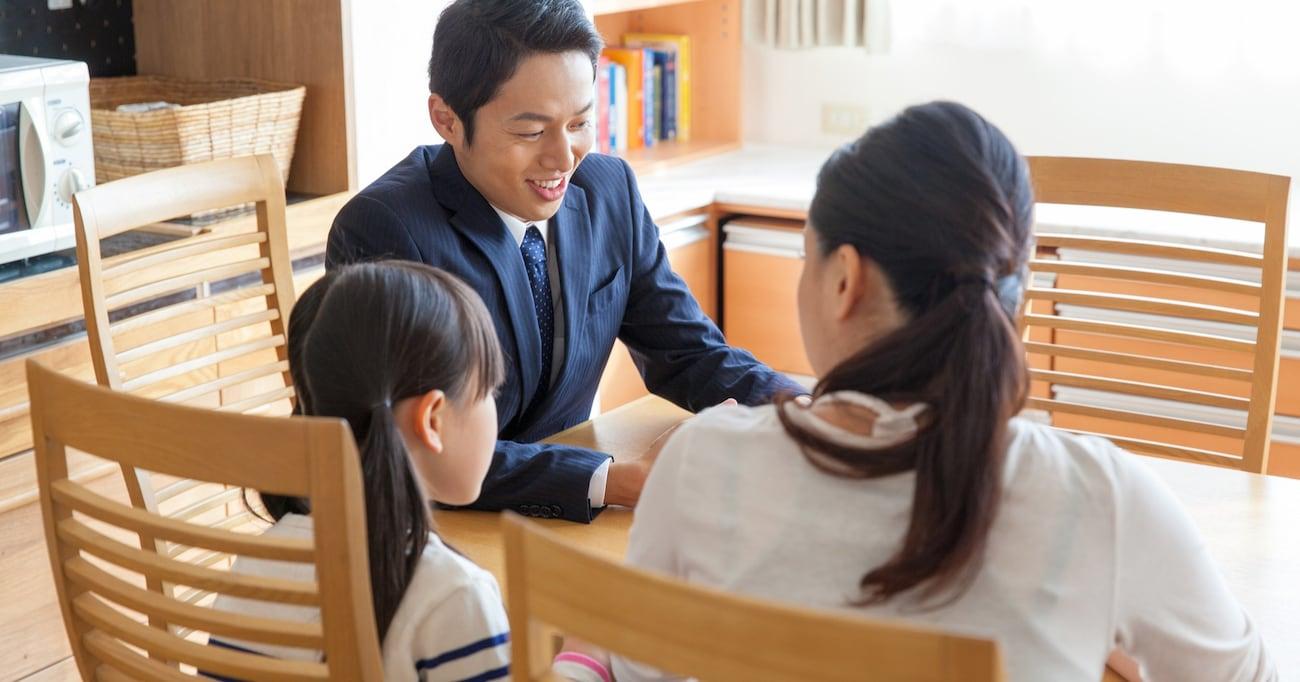 「人間にっ、心なんてあるのかっ?!」自分の気持ちを作文する宿題を嫌がる長女 心理学科出身の両親の反応に反響集まる