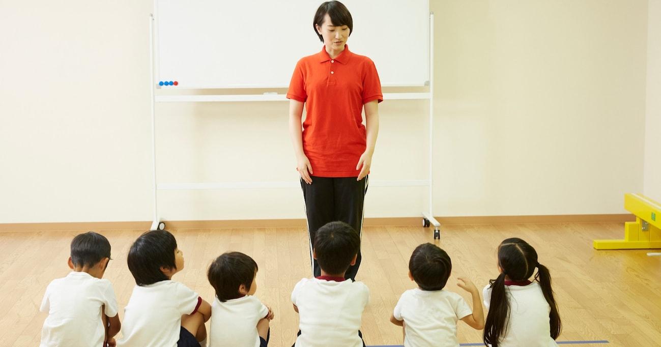 「離れてとか近づかないでとか先生言わないよ」小学校の先生が行った3密対策が賢すぎて称賛の声集まる