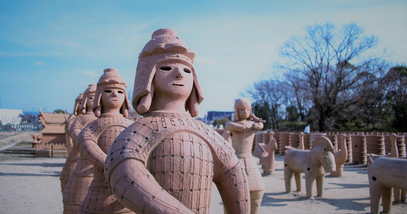 【衝撃】埴輪や土器の修復作業でも正式採用!?「セメダインC」の意外な用途と進化の歴史!
