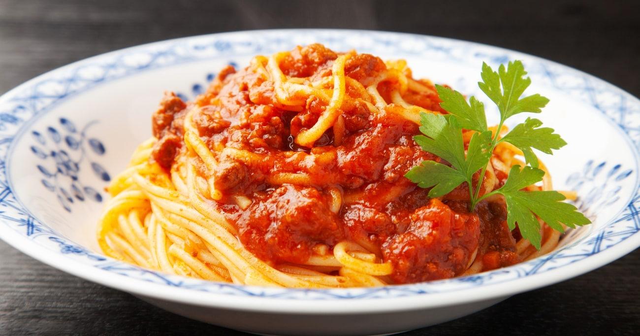 ミートソースとナポリタンは「パスタ料理(全般)」に組されるのではなく、あくまで「スパゲッティ」である!?