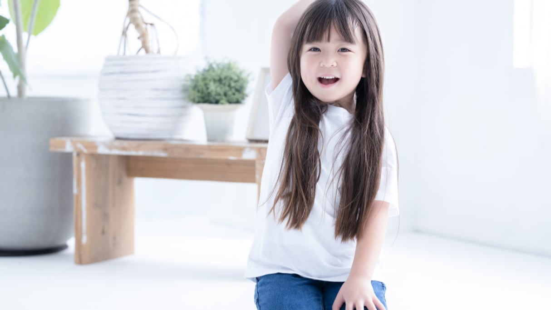 【キュン死】高校生の娘と新品のシャツを着てはしゃいでいると…後から現れた4歳娘の反応に悶絶