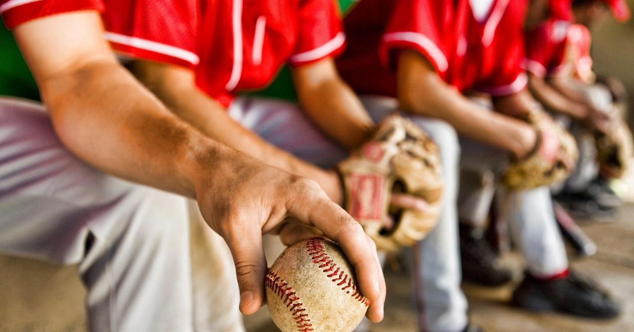 「ただ単に見せびらかしたいだけ」ってケースも多いらしい? プロ野球選手の金ピカなネックレスはアリか、ナシか!?