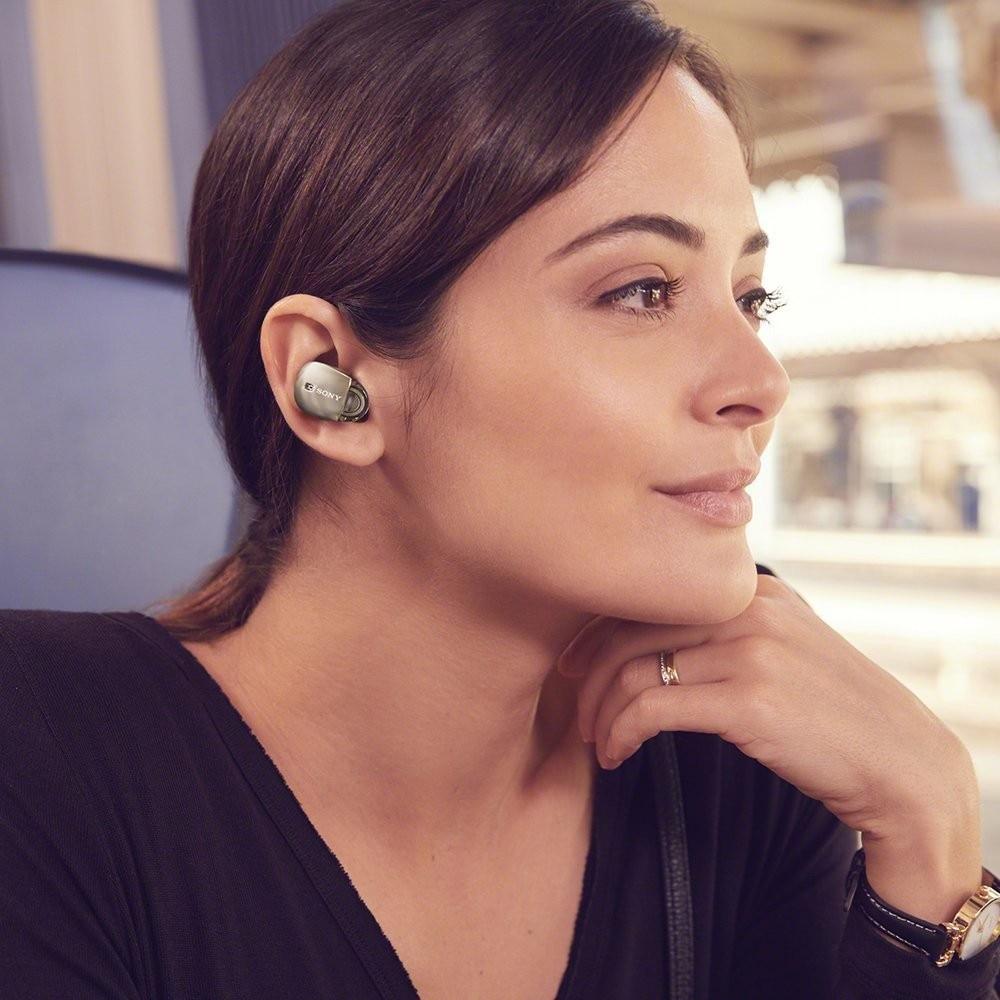 完全ワイヤレス型Bluetoothイヤホン