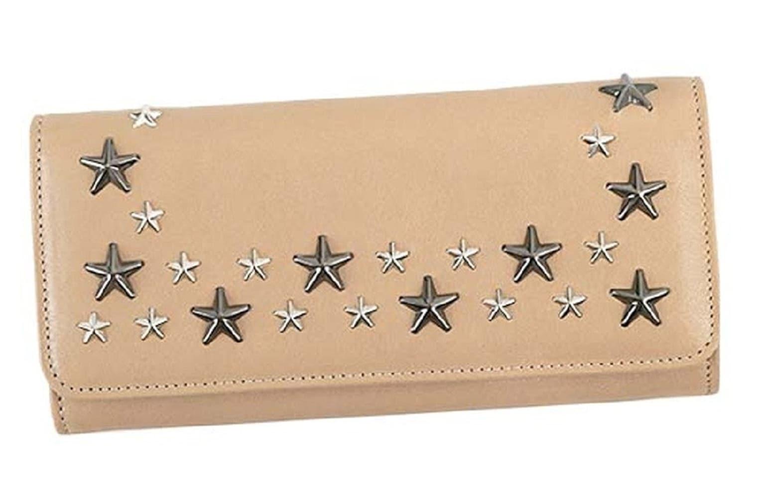 かぶせ蓋タイプの長財布