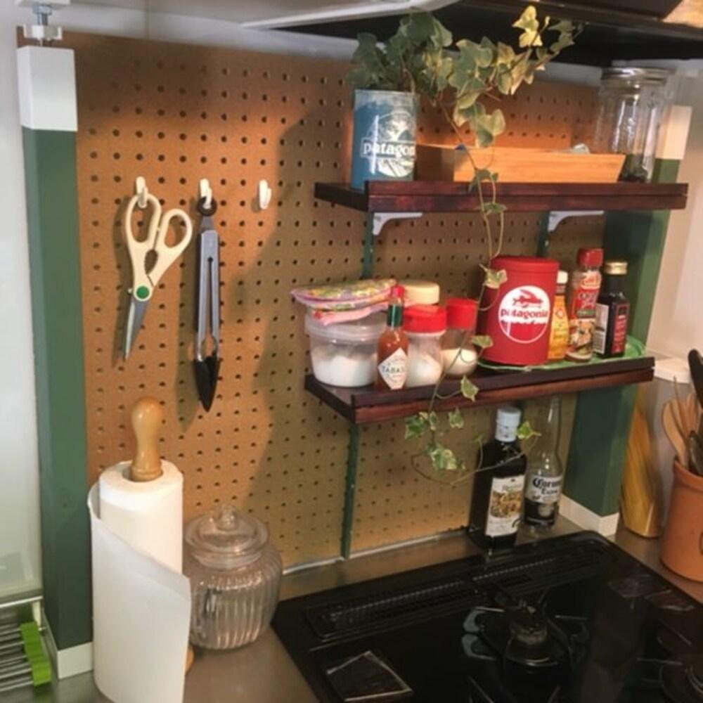 有孔ボードでキッチン収納をDIY