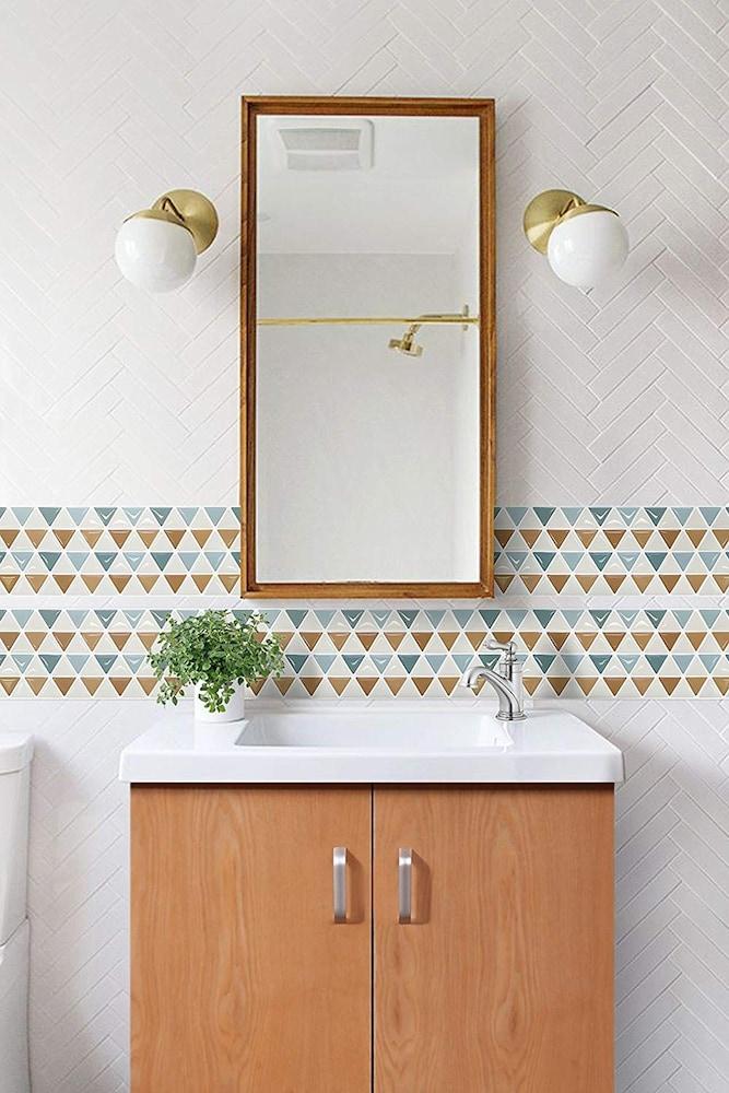 洗面所のモザイクタイルシールDIY
