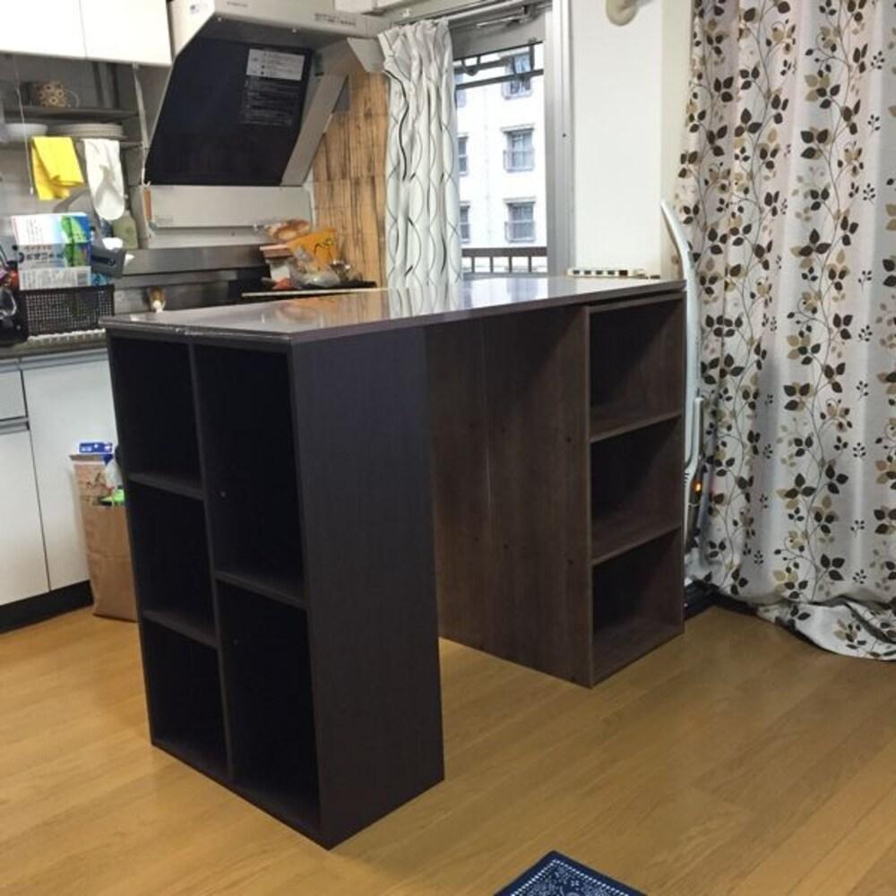 カラーボックスと天板を組み合わせたキッチンカウンター