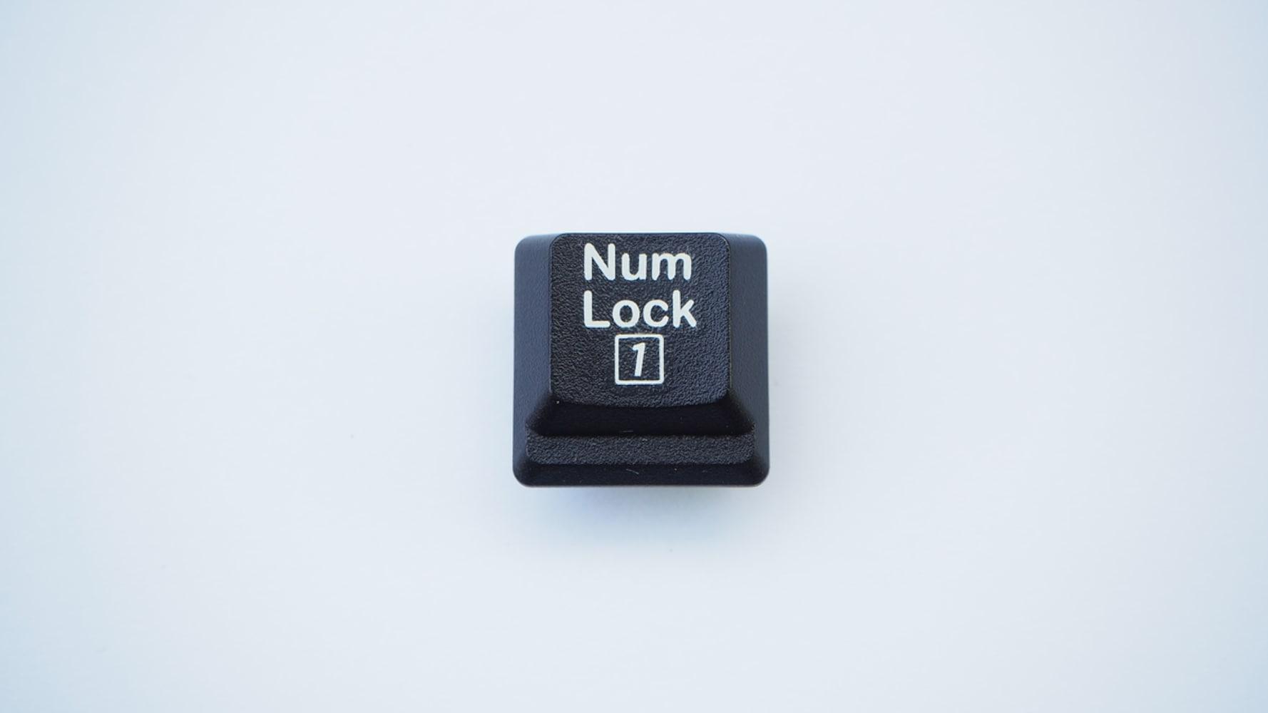 連動性|キーボードに影響を及ぼさないNumLockキー非連動