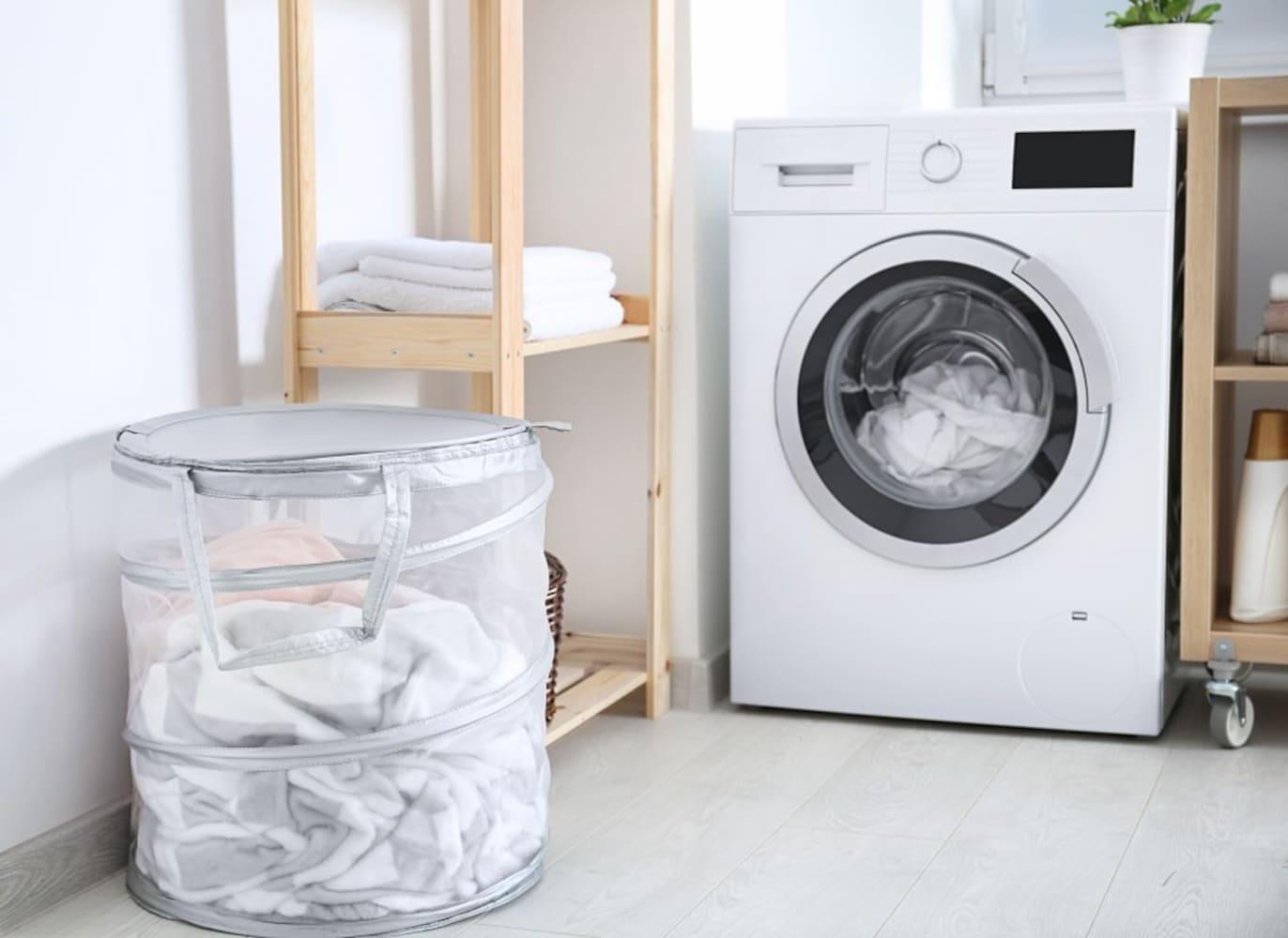 サイズ|洗濯機置き場の寸法は要チェック!扉を開けるスペースも忘れずに