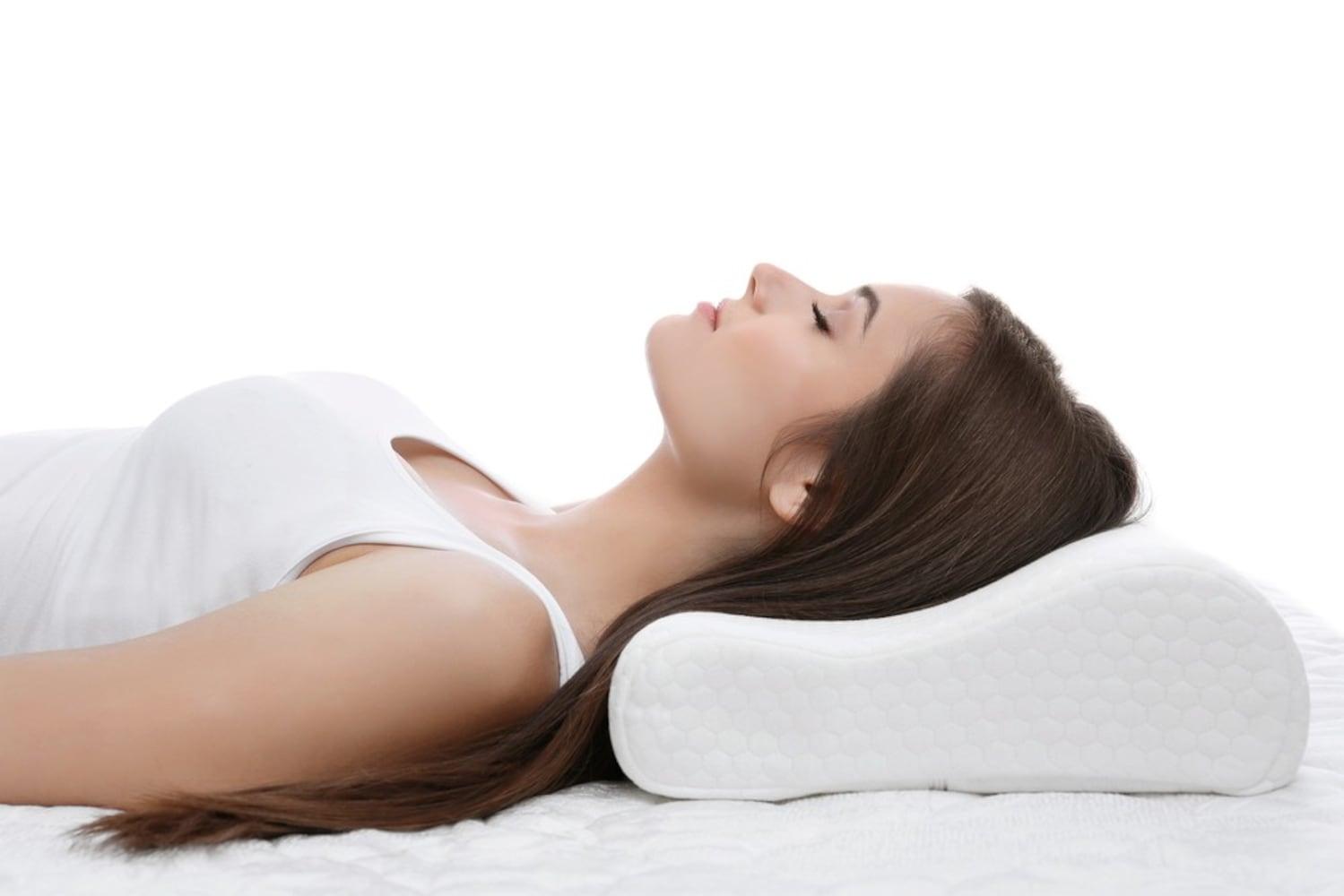 様々な寝心地を楽しめる「標準・長方形型」、首にフィットする「首元安定型」