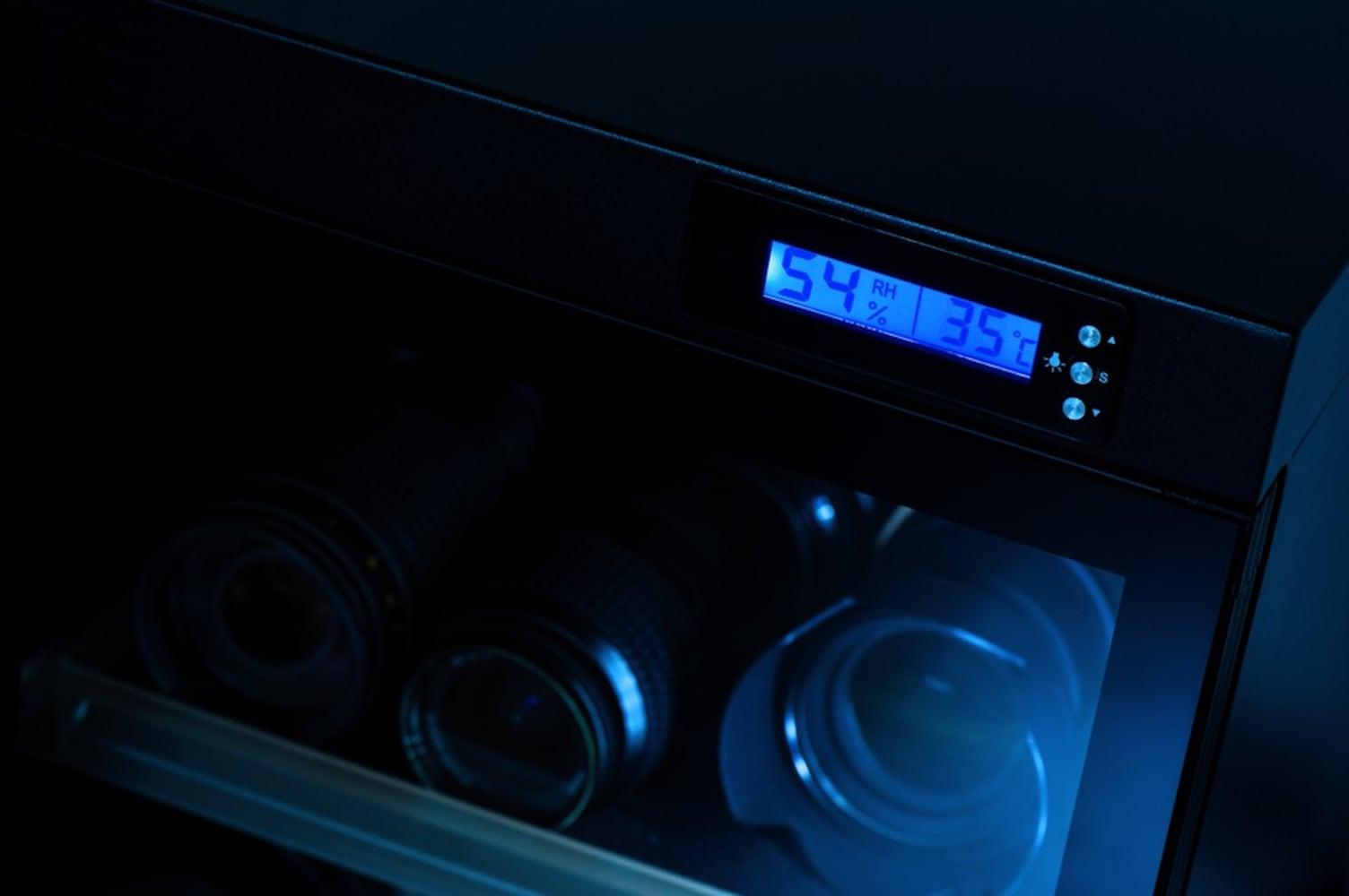付属機能|湿度が保たれているか確認できる湿度計付き