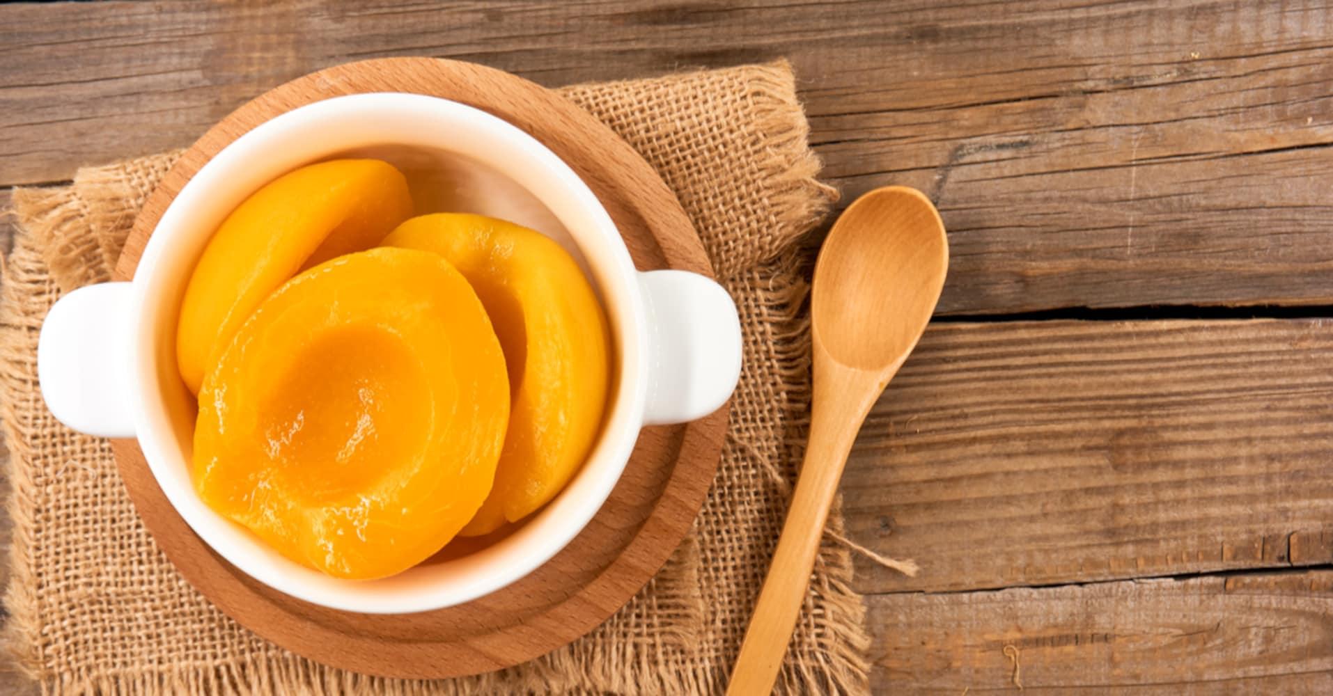 黄桃|ほのかな酸味で柔らかくとろけるような食感が特徴