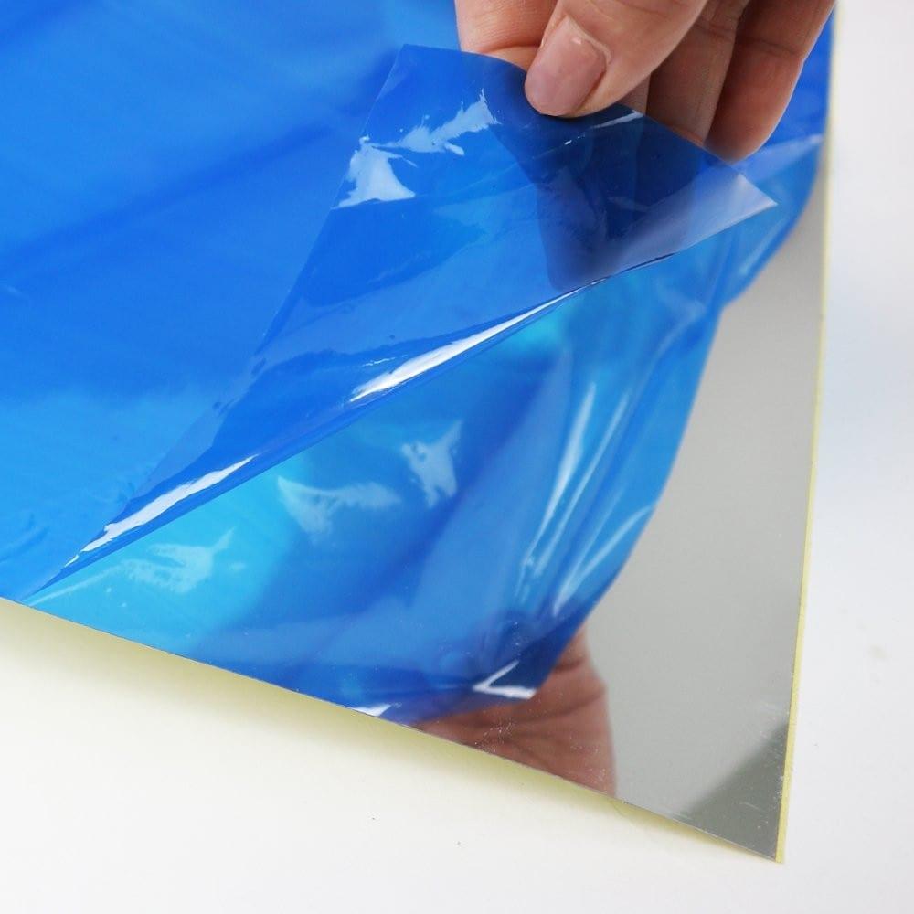 粘着タイプ1|粘着シートのものは剥がれにくい&しっかり張り付く