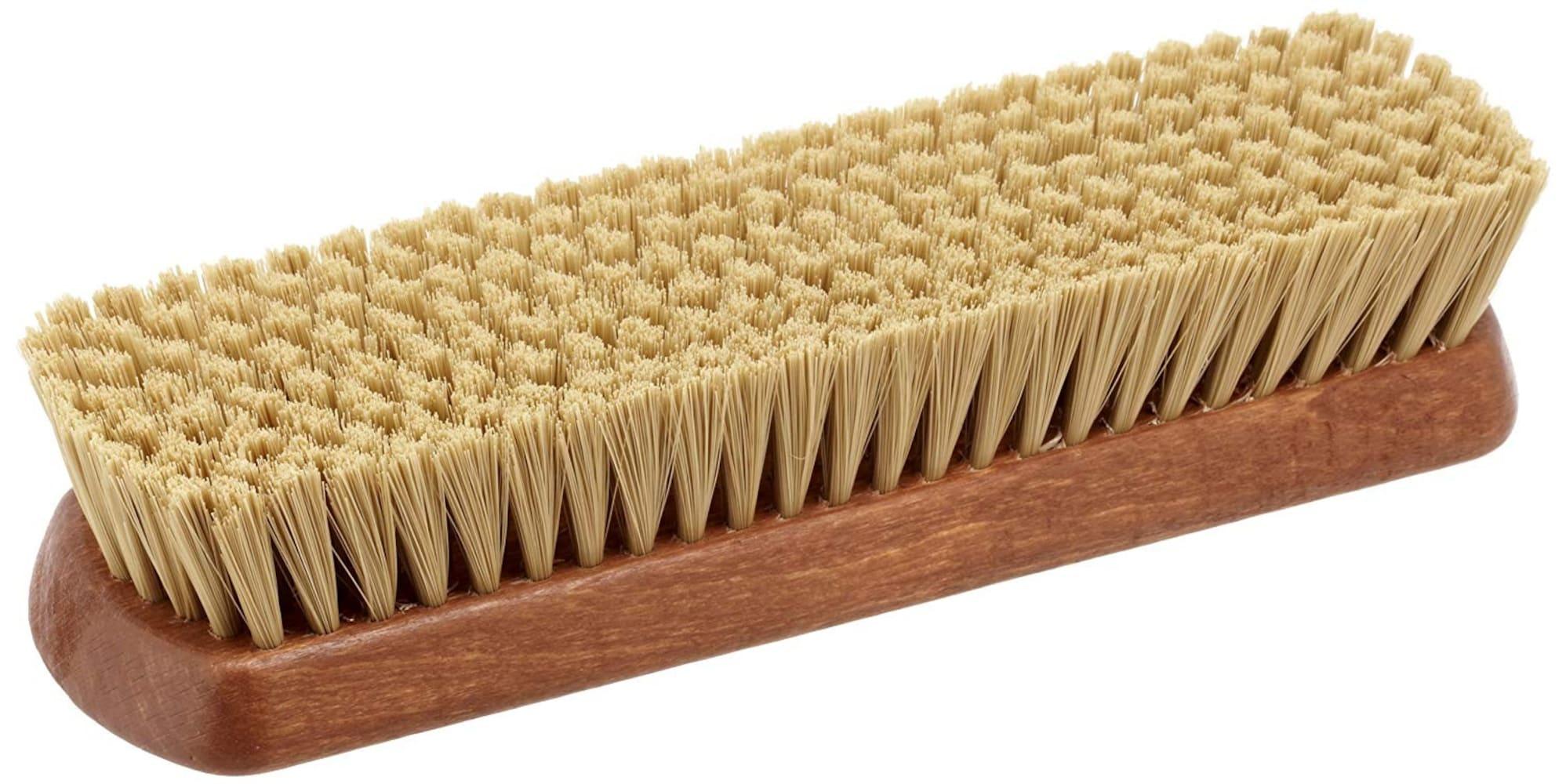 毛の種類2|毛質が安定して使える化繊ブラシは万能!アウトドアシューズにも
