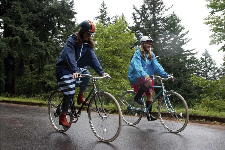用途2 自転車用なら丈が長く、裾がめくれ上がりにくいものを