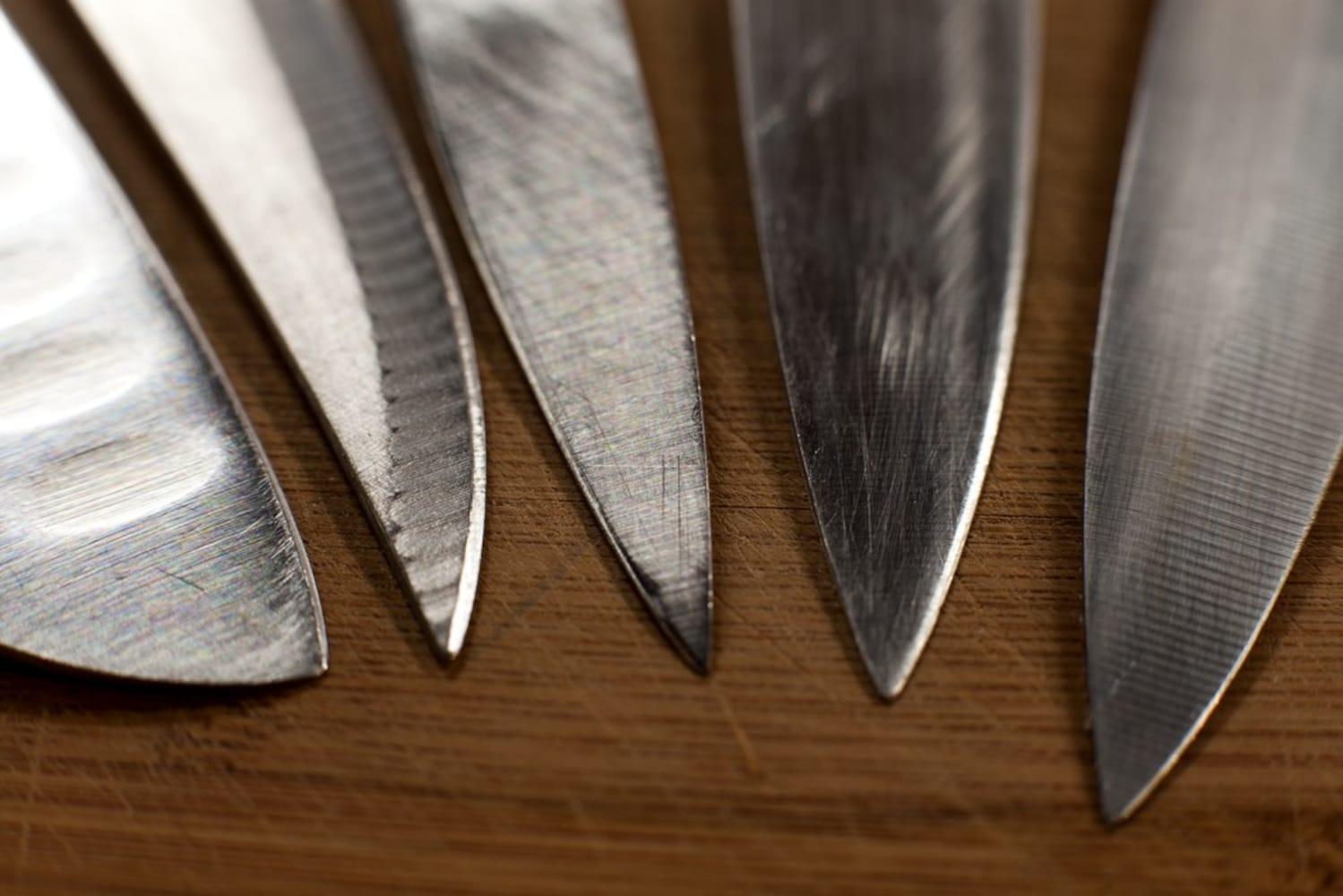 刃の素材|基本的には4種類(ステンレス・セラミック・鋼・チタン)