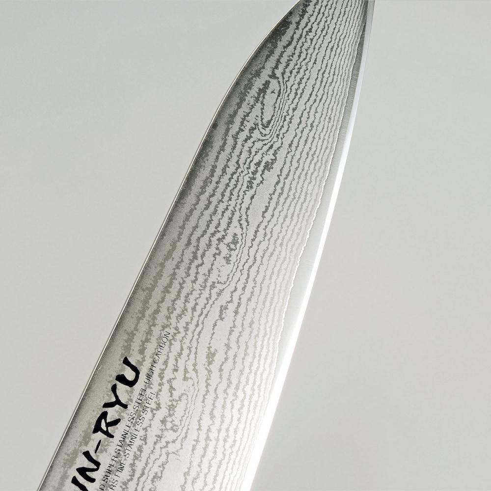 鋼|切れ味が鋭くカットしやすい
