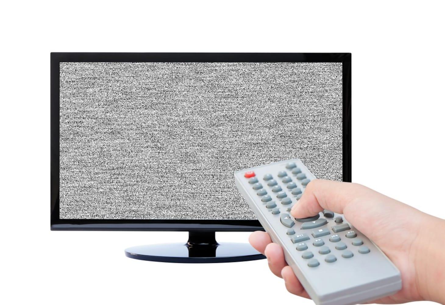 テレビの音量を抑えるテクニック!