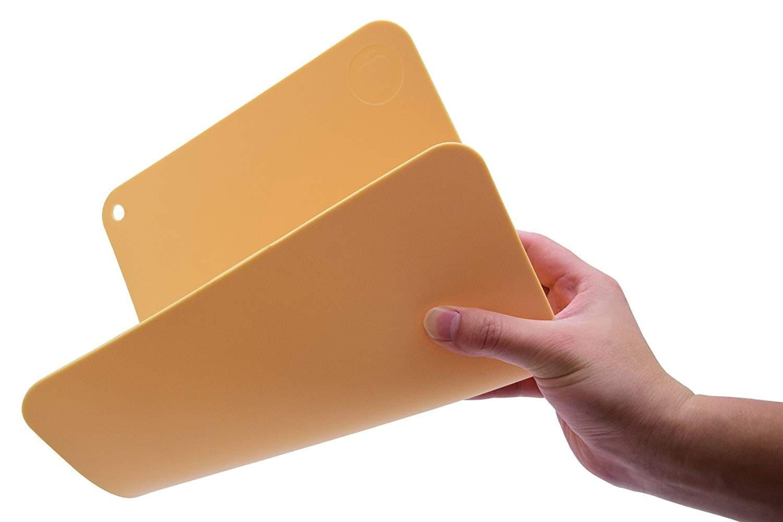 ゴム|手入れが簡単で、包丁にダメージを与えない