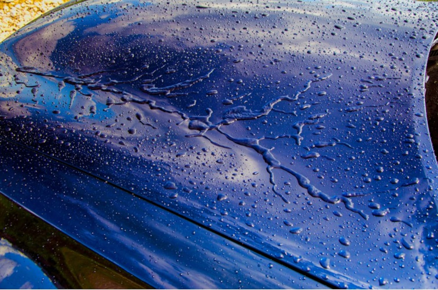 水のはじき具合|水流れの良い親水・疎水性にも注目