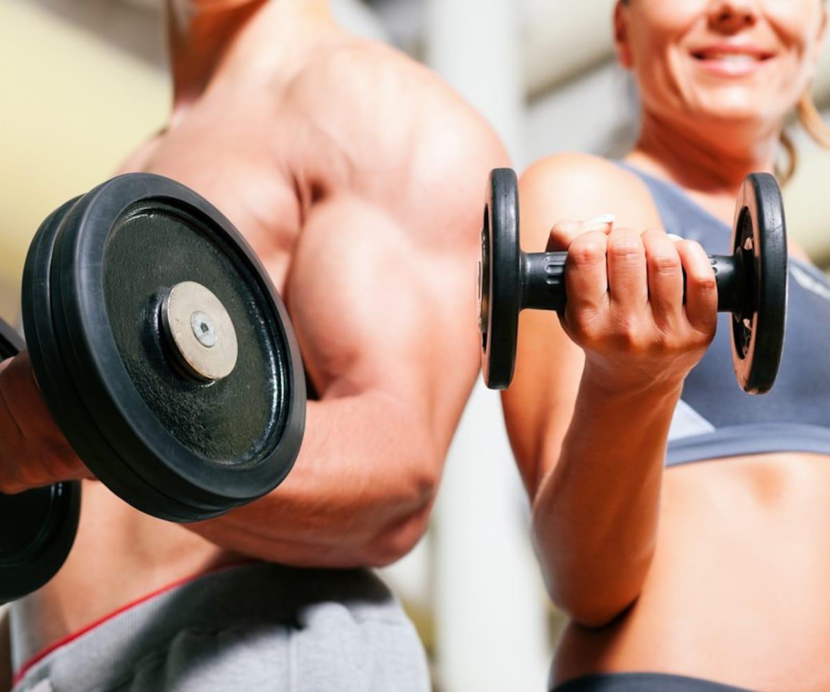 重量|初心者の男性は5~10kg、女性は1~5kgを目安に