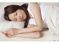 ジメジメ暑くて眠れない!寝苦しい夜の3つの快眠術