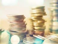 56歳専業主婦、貯金7700万円。年金生活で貯金が底をつくのが不安で仕方ありません