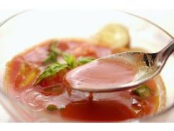ガスパッチョのレシピ 夏野菜の冷たいスープ