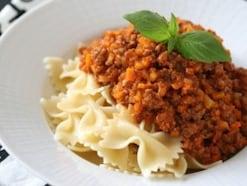 ミートソースをトマトジュースで!15分で作るお手軽料理レシピ