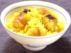 黄色い焼き栗ご飯