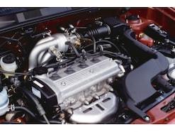 AT(オートマ)車に使われるオイル、ATF量の確認方法