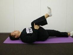 腰痛を改善するストレッチ!5分でできる簡単5選