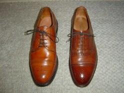 普段用?冠婚葬祭用?靴は外羽根式・内羽根式で選ぶ