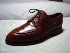 靴紐の通し方……紳士革靴の履き心地や表情が変わる4つの通し方