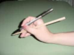 筆ペンの練習方法!字を上手く書くコツと正しい持ち方