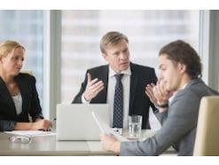 明るい職場作りのためのコミュニケーションの4つのコツ