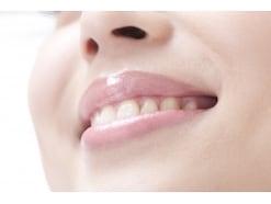 睡眠の質を落とす歯ぎしりの原因と治し方