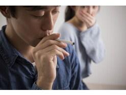 服のタバコの匂いを消す方法とは? ナチュラルお洗濯の仕方