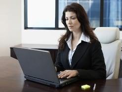 女性の再就職面接、好印象を与えるコツとは?