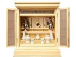神道で仏壇にあたる「祖霊舎」、位牌にあたる「霊璽」について