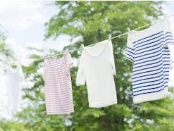 """Tシャツのたたみ方は""""5秒""""でたためるショップ風がおすすめ!"""