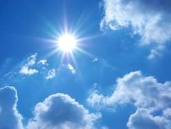 汗と体臭ケアが重要!暑い季節の香水マナーと選び方