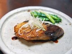 ぶりの黒酢照り焼きの作り方!お弁当にもおすすめレシピ