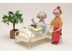改善策は?高齢者がご飯を食べない理由と対応方法