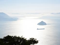 日本三景「安芸の宮島」の真の絶景は、弥山にあり!