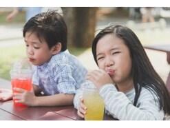 子供の飲み物!コーヒーや炭酸飲料は何歳からOK?