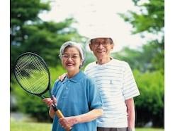 高齢世帯の貯蓄残高の中央値は1547万円!不足でしょ!