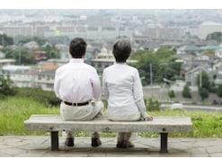 夫が退職!扶養に入っている妻の年金はどうする?