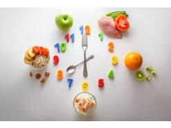 時間栄養学とは…量・内容だけでなく食事時間も重視