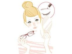 メガネをかけたままメイクができない…!解決法は?